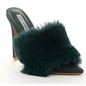 Shoes - NEW! Savage Cape Robbin Fur Mule Heels Green